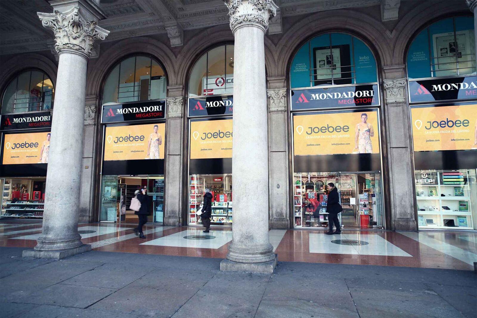 Milano, Mondadori Piazza Duomo